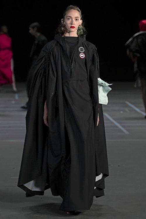 Stella Ripper desfila en París para la firma Y/Project 4