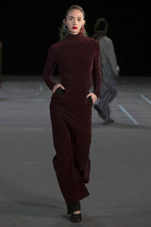 Stella Ripper desfila en París para la firma Y/Project 3