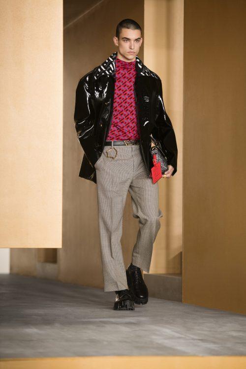 Nacho Penín and Simone Bricchi walk for Versace in Milan 4